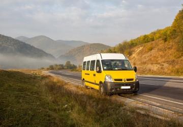 Жовтий Бус. Трансфер и туры по Закарпатью. До 15 человек.