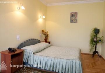 Готель Український дворик